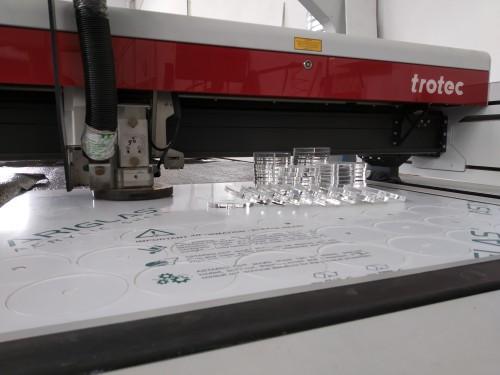 Corte laser acrílico